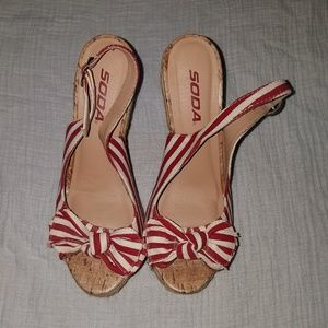Nautical red and white striped wedges with bow